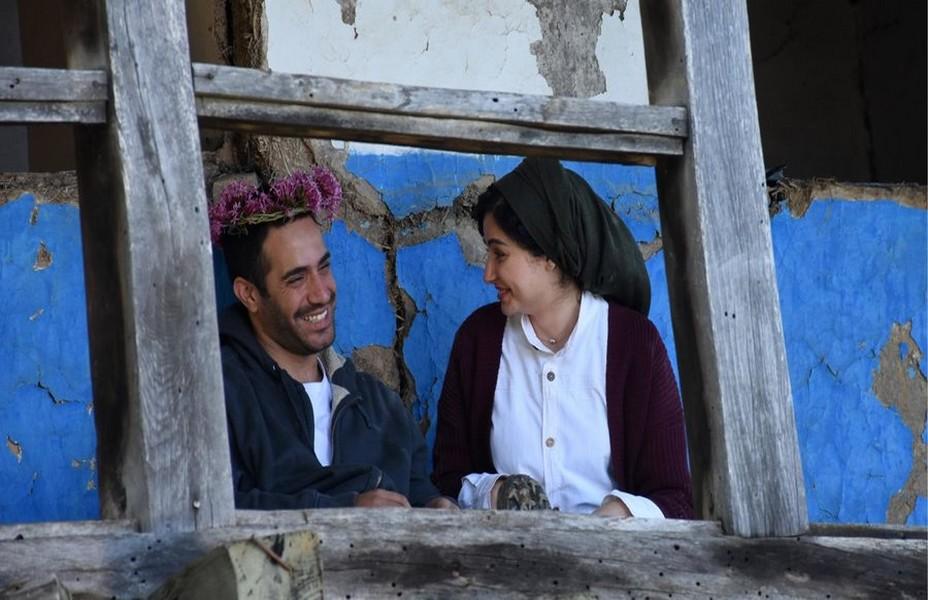 Depuis 2019, le cinéma iranien est célébré au sein d'un festival qui lui est consacré à Vitré (Ille-et-Vilaine). La première édition a eu lieu du 11 au 15 novembre 2019, lors de laquelle six films étaient en compétition ; le film Yeva, de la réalisatrice Anahid Abad, y a reçu le premier prix.  Photo de présentation du film de Mohammad Rasoulof «Le Diable n'existe pas » @ Trigon Films.