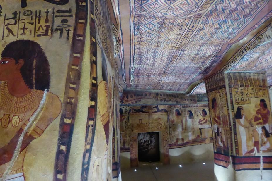 Tombe de Sennéfer grandeur nature au musée de Tessé.@ C.Gary