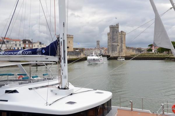 Les activités grand public s'étendent sur toute la côte de de la Charente Maritime, avec une flotte composée de 16 navires, répartis sur différentes compagnies, selon les ports de départs et les destinations @ David Raynal