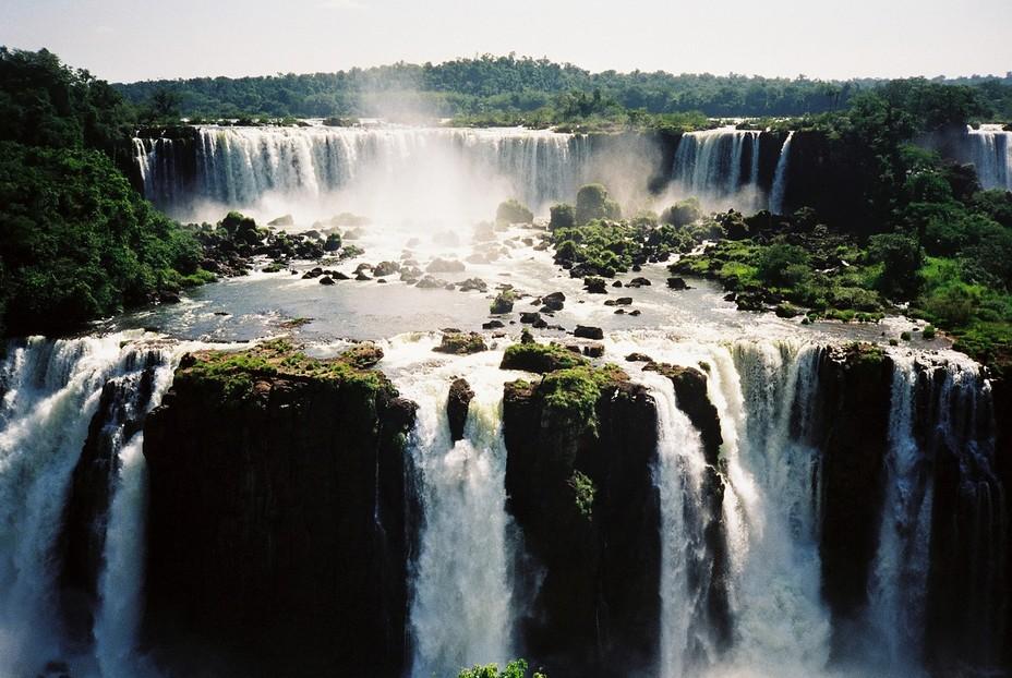Puerto Iguazù est la ville idéale pour aller à la découverte des chutes d'Iguazù en Argentine; @ Pixabay/lindigomag