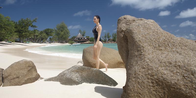 L'anse Kerlan, l'une des plages paradisiaques du Lémuria située sur l'île de Praslin aux Seychelles (photo DR)