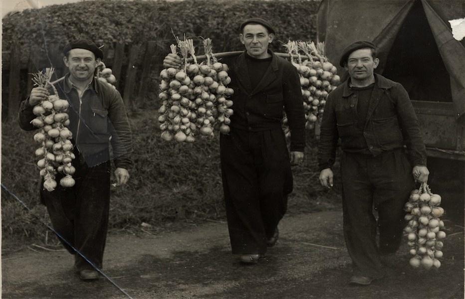 """Les """"Johnnies"""" dans les années 30/40 (photo DR)"""