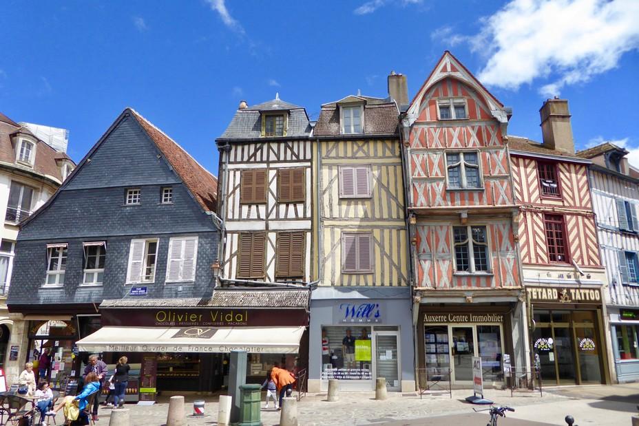 Auxerre Le centre  de cette ville d'Art et d'Histoire @ C.Gary