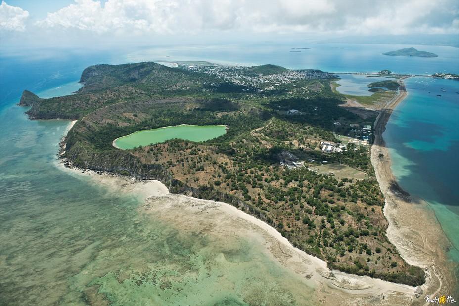 Située dans le canal du Mozambique, Mayotte est composée de deux petites îles, Grande Terre et Petite Terre; @ CDT Mayotte
