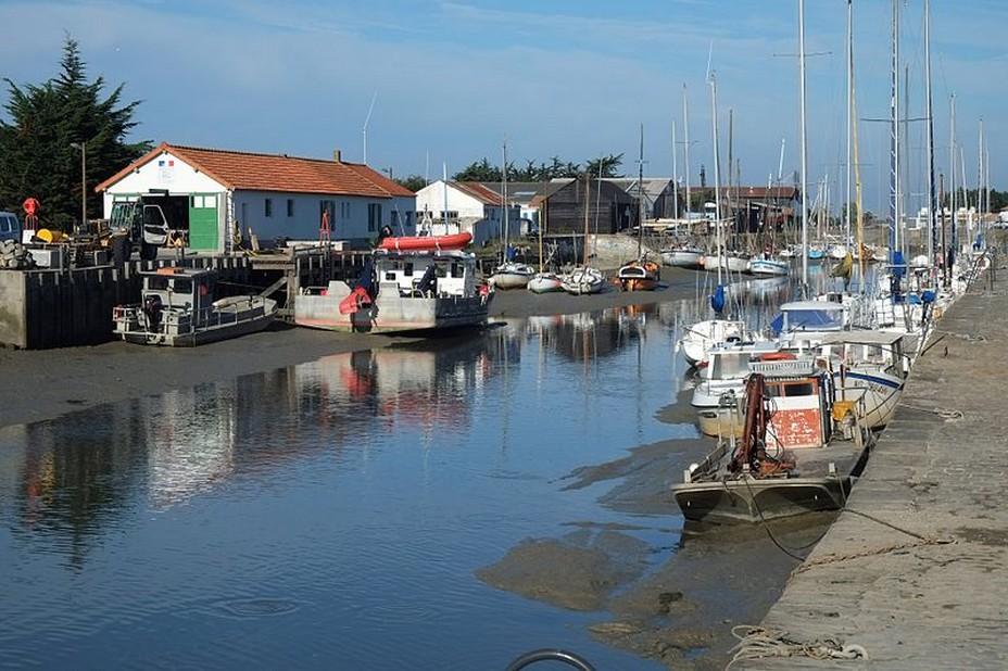 Joli port de pêche à Noirmoutier @ Toutisme-vendée.com