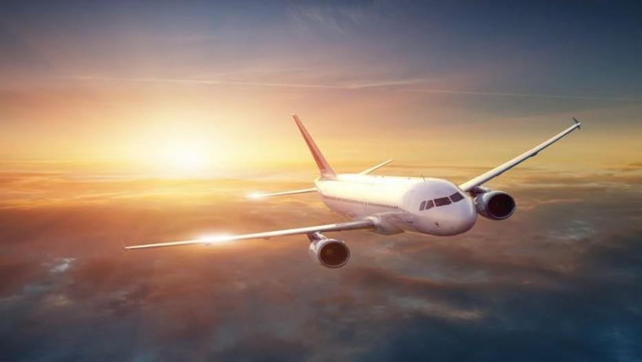 En avion, voyagez les jambes légères !