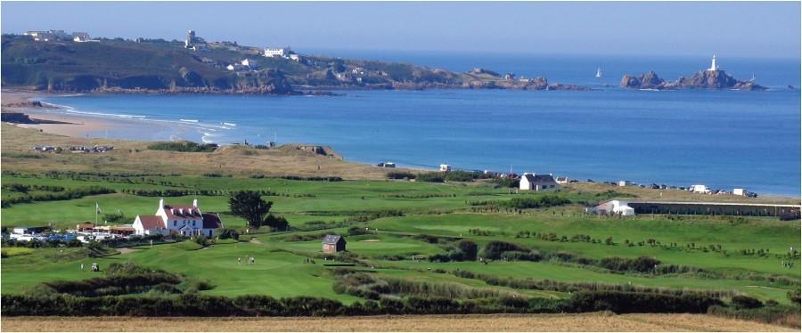 Jersey est une petite île de contrastes et à forte personnalité. Une destination idéale à la fois pour les mini-séjours ou pour de longues vacances d'été sous le signe de la détente (Jersey Tourism)