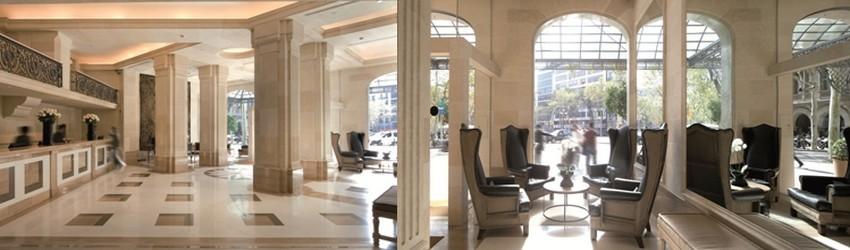 Hall de réception du Majestic et son salon situé dans un immeuble de style néoclassique, en plein cœur du Paseo de Gracia à Barcelone (Crédit Photo David Raynal)