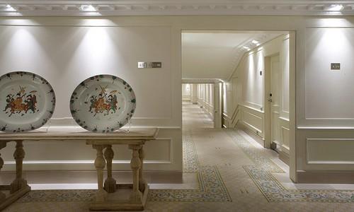 Le prestigieux designer Antonio Obrador a repensé l'architecture, la décoration d'intérieur, le design et le paysagisme de l'hôtel en conservant l'âme de cet établissement de 1918 (Crédit photos D.R.).