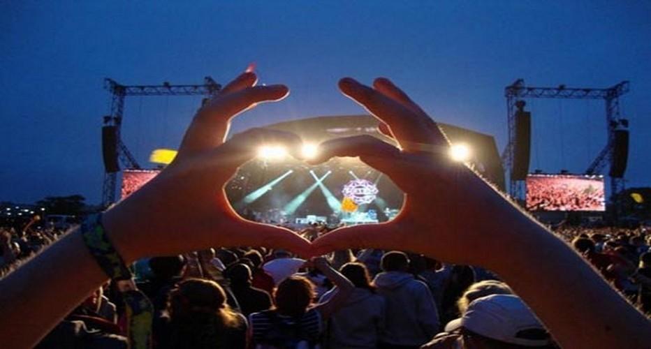 Des centaines de festivals sont organisés dans toute la Grande-Bretagne, et plusieurs dizaines chaque week-end de l'été… (Crédit photo DR)