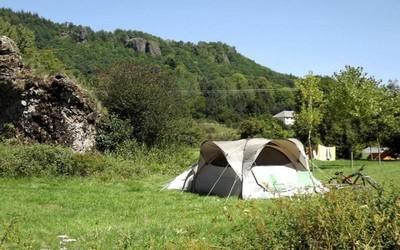 Planter sa tente pour un séjour écolo et tranquille....(Crédit photo Camping garden © Camping-garden.fr - Hortiver.fr)
