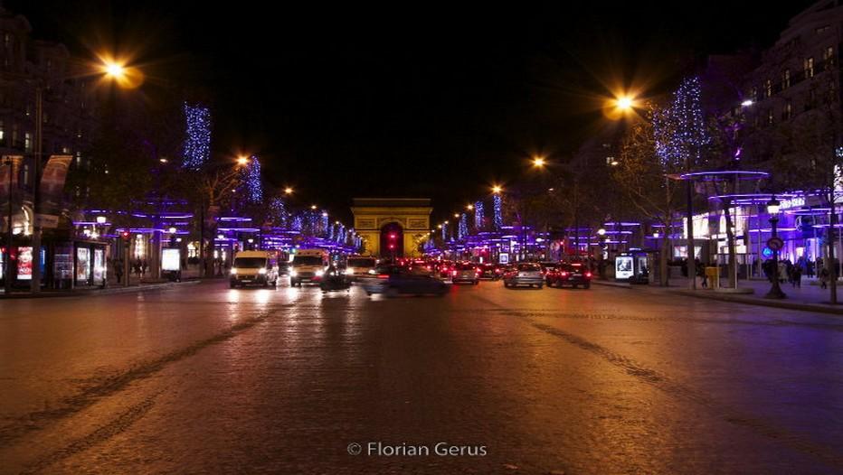 La capitale parisienne et ses rues illuminées pour les fêtes (Crédit Photo Florian Gérus)