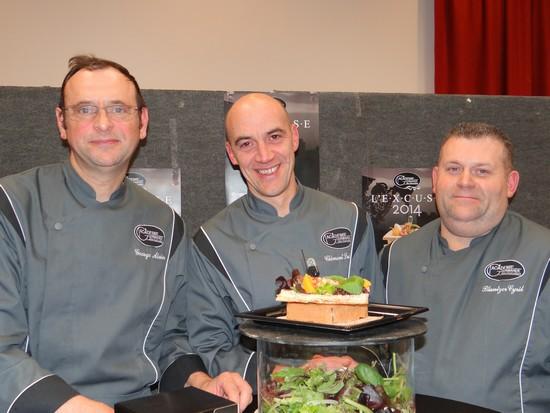 « L'Excuse » est en vente auprès de nombreux membres de l'académie et notamment (de gauche à droite) : Alain George (Saint-Max, 54), Ludovic Clément (Nancy, 54) et Cyril Bluntzer (Lunéville, 54).(Crédit photo Bertrand Munier)