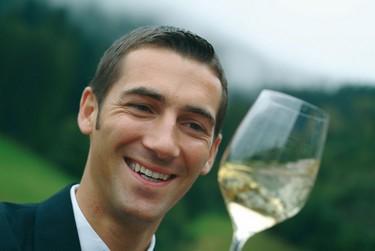 Stéphane Gass l'heureux sommelier français du restaurant  Schwarzwaldstube (Allemagne) (Crédit photo DR)