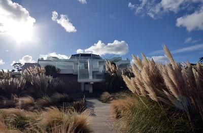 Le magnifique Novotel Dinard Thalassa sea & spa situé entre mer, ciel et espaces verdoyants. (Crédit photo David Raynal)