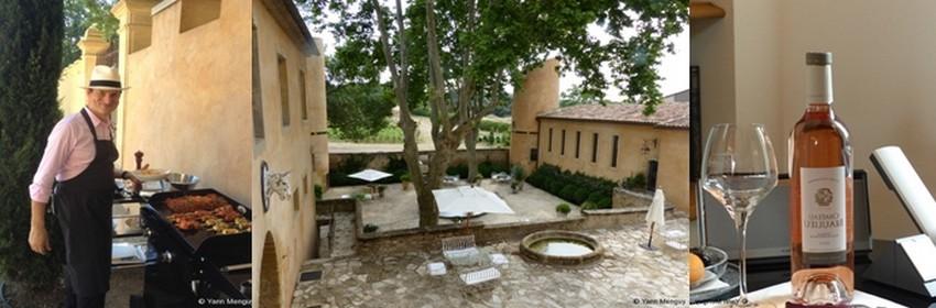 David le majordome de la Villa Beaulieu surveille son barbecue,  à côté la cour basse pour déjeuner ou diner à l'ombre des arbres centenaires tout en dégustant l'un des vins de la cuvée Villa Beaulieu (Crédit photos Yann Menguy)