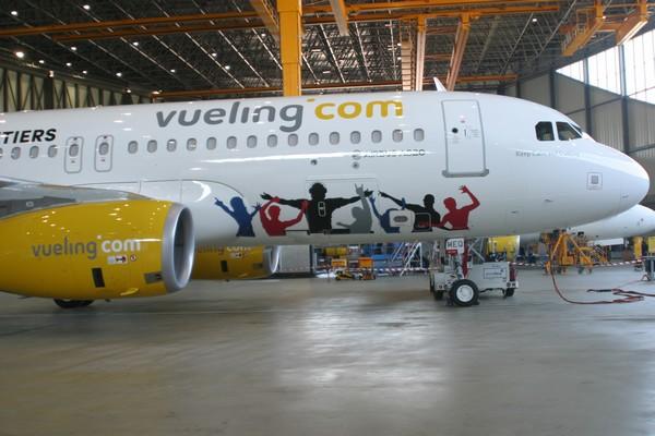 Toujours en recherche d'innovations pour ses services à bord, notamment à destination de sa clientèle Affaires, Vueling, en s'associant avec la firme PepsiCo, vient de lancer 'Vueling by Pepsi'...(© Richard Bayon)