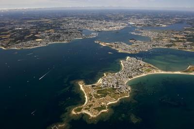Lorient, ville étape de la Volvo Ocean Race. Vue sur la rade de Lorient ( © P.Guigueno)