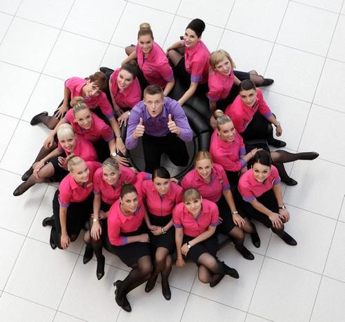 les vols Wizz Air partent à l'heure et le coefficient de remplissage frôle les 95% avec un service souriant, souvent teinté d'humour et non sans charme. (Crédit photo DR)