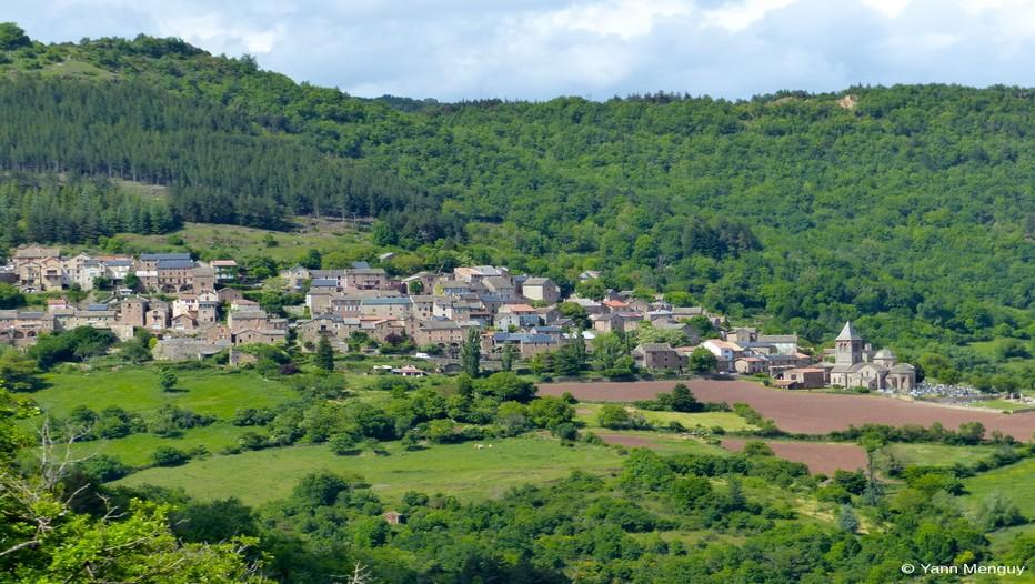 Adossé au plateau du Combalou «  le  pays de Roquefort » s'étend des monts Lacaune au plateau du Larzac.  (© Yann Menguy)