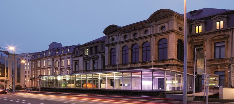 Le Casino Luxembourg – Forum d'art contemporain présente un aperçu très complet des nouvelles tendances de l'art contemporain à travers des expositions monographiques et collectives. (© ONT Luxembourg).