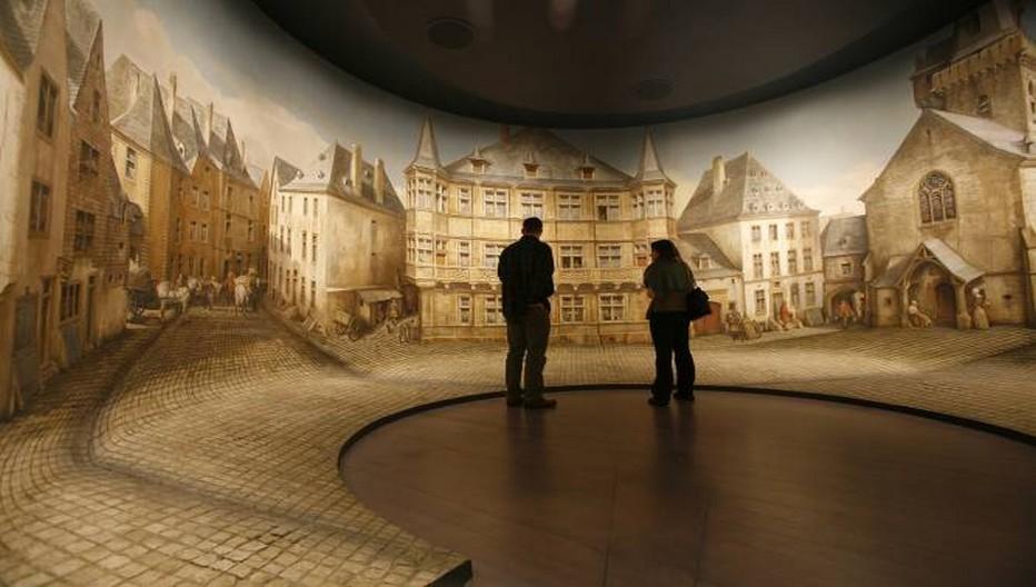 En ce début d'année, le Grand-Duché du Luxembourg ouvre en grand les portes de ses musées. A l'image de ses sept institutions et centres d'art de premier plan qui sont tous accessibles à pied dans un rayon de moins d'un mile, soit environ 1,6km. (Photo : Musée d'Histoire de la Ville de Luxembourg © visitluxembourg.com)