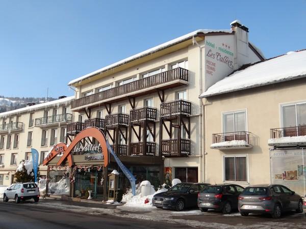 L'Hôtel des Vallées à La Bresse intra-muros où tout à commencer… ©Bertrand Munier