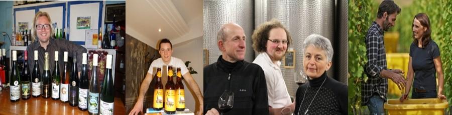 Tout un panel de vins mosellans du « Domaine Buzea Georges-Constantin » sera également en vente à La Rotonde. ©Bertrand Munier ; Valentin Hoffner de l'unité brassicole La Madelon… un des leaderships de la micro-brasserie hexagonale satisfera les puristes de la bière au stand des Dîners Insolites. ©Bertrand Munier ; Le Domaine Schoenheitz est une exploitation familiale à Wihr-au-Val (Haut-Rhin) de 15 hectares qui est exploité par… de gauche à droite : Henri, Adrien et Dominique. ©Domaine Schoenheitz  ; Philippe Zinck et son épouse Pascale ou la complicité permanente des excellents vins alsaciens du domaine éponyme à Eguisheim (Haut-Rhin) ©Domaine Zinck