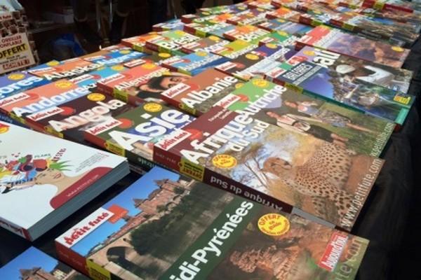 Les guides du Petit Futé....Les séjours linguistiques ont la cote  au SMT 2016 © salon-du-tourisme.com