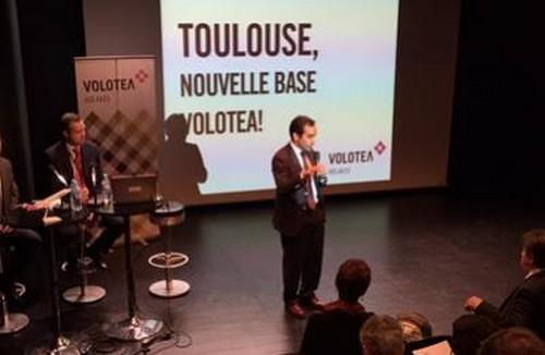 Carlos Munoz , Président Directeur Général  de la Cie aérienne Volotea  en conférence de presse lors de l'ouverture de la ligne à Toulouse © Toulouse7.com
