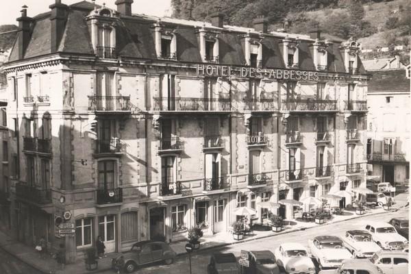 Hubert Cleuvenot… alors propriétaire plombinois de l'Hôtel des Abbesses (1961-1963). ©Michel et Christine Marion