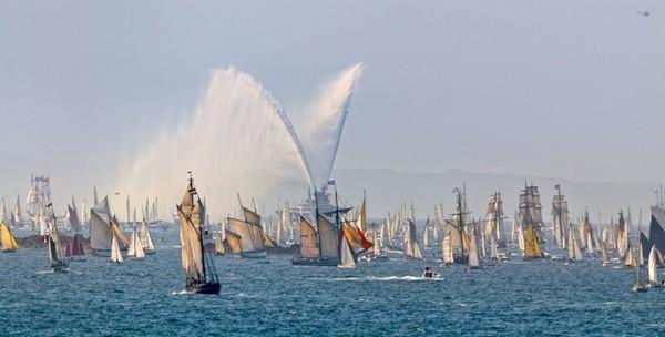 Fêtes maritimes de Brest  ©  jacques Vapillon ;