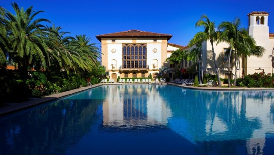 Avec ses 2000 mètres carrés, la piscine du Biltmore a de quoi donner l'ivresse des grandes longueurs.  © The Biltmore