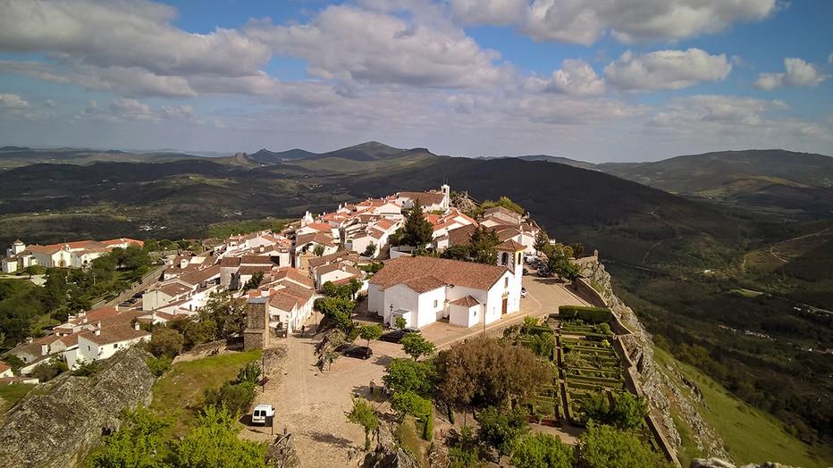 La région de l'Alentejo pourrait bien devenir la prochaine destination à la mode pour les investisseurs étrangers. Ici la commune de Marvao   - En l'espace de quelques années, le Portugal est devenu une des destinations préférées des Français expatriés.  © David Raynal