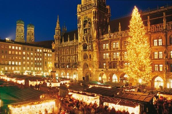 Le grand marché de Noël de Munich se tient sur la Marienplatz. © OT Munich