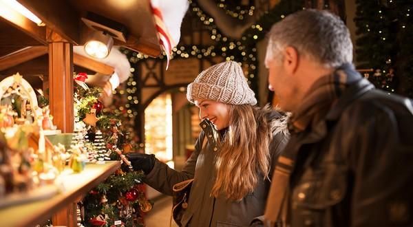 Le Wiener Adventzauber (la magie de L'Avent de Vienne) fait chavirer les esprits grâce à ses odeurs envoûtantes de chocolats et de pain d'épice © DR