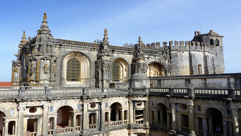 Tomar Vue de surplomb de l'église   © JMT