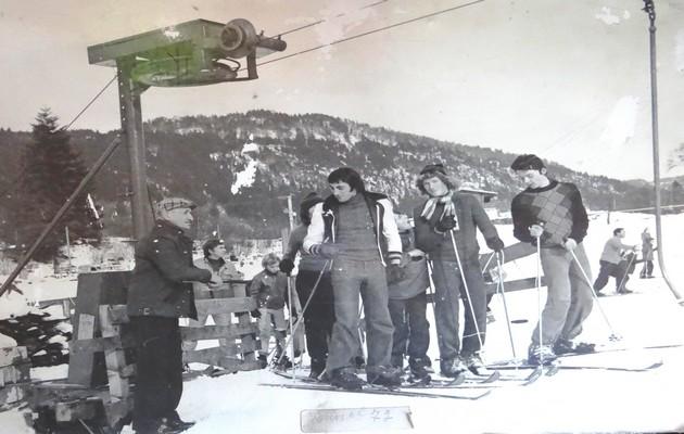Les prémices du Domaine des Truches en 1970 avec Pierre Didierlaurent (à gauche). ©Alain Didierlaurent