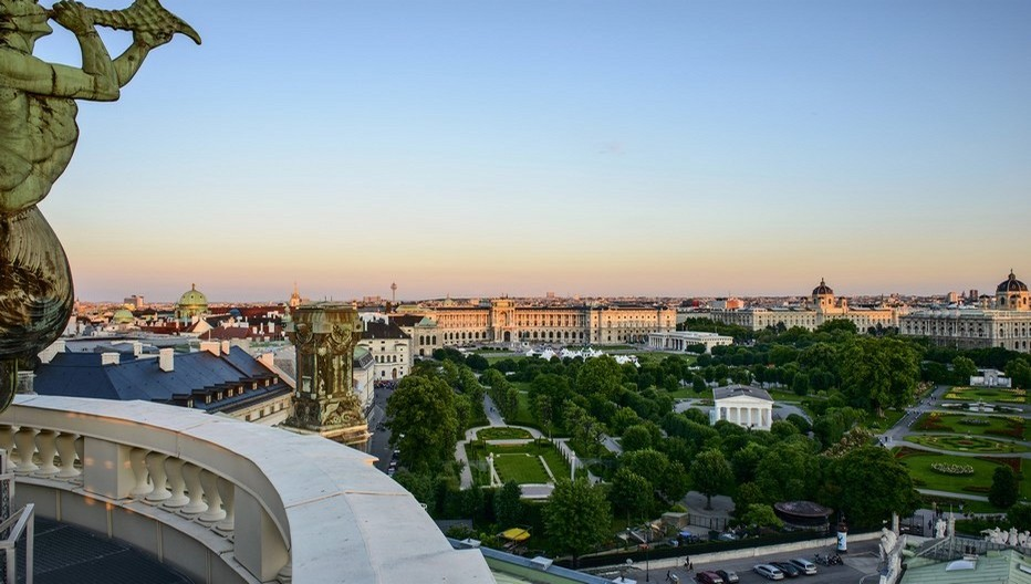 Vue sur  la Heldenplatz et les Musées viennois  © O.T. Vienne, Christian Stemper.