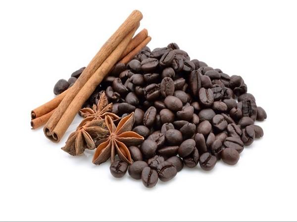 Première marque de café en Italie, sixième producteur mondial,  désormais utilisée à toutes les sauces et les meilleures.  C'est ainsi que Lavazza confirme son succès. ©  Lindigomag/pixabay
