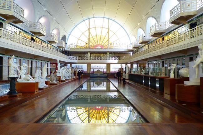 Aujourd'hui l'ancienne pisicine à Roubaix est devenu un lieu de création et un musée. © Musée de Roubaix
