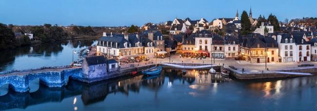 Non loin de Carnac à visiter la vieille ville de St-Goustan et son port.. © wikipedia/lindigomag