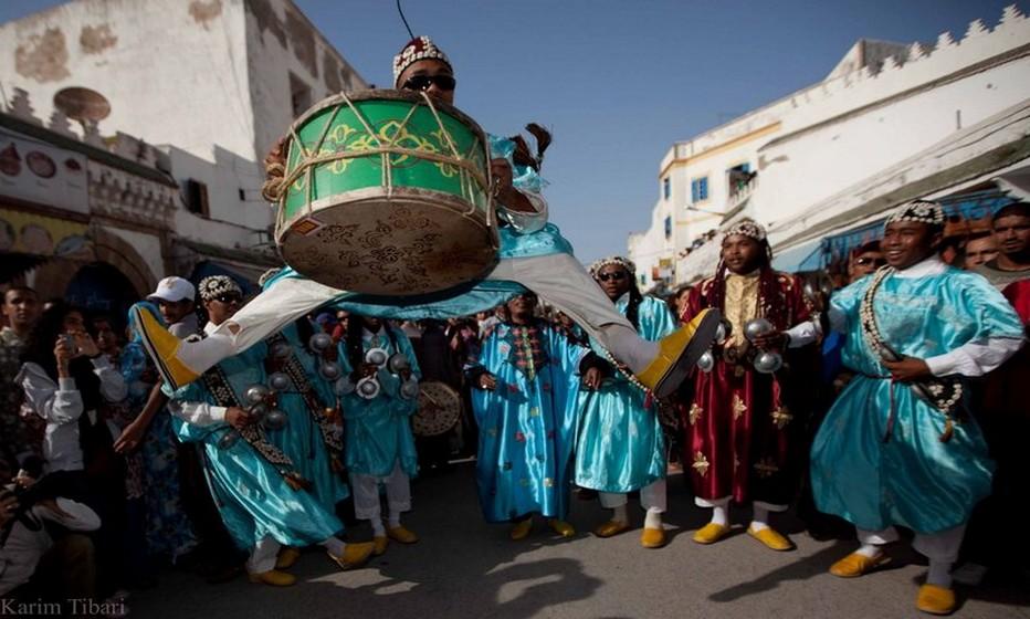 Encore aujourd'hui, la cérémonie des Gnaouas répond à un certain nombre de règles immuables.©festival-gnaoua.net/fr/