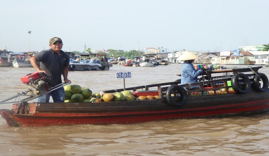 Cap vers le delta du Mékong et son étonnant marché flottant de Can Tho.© C.Gary