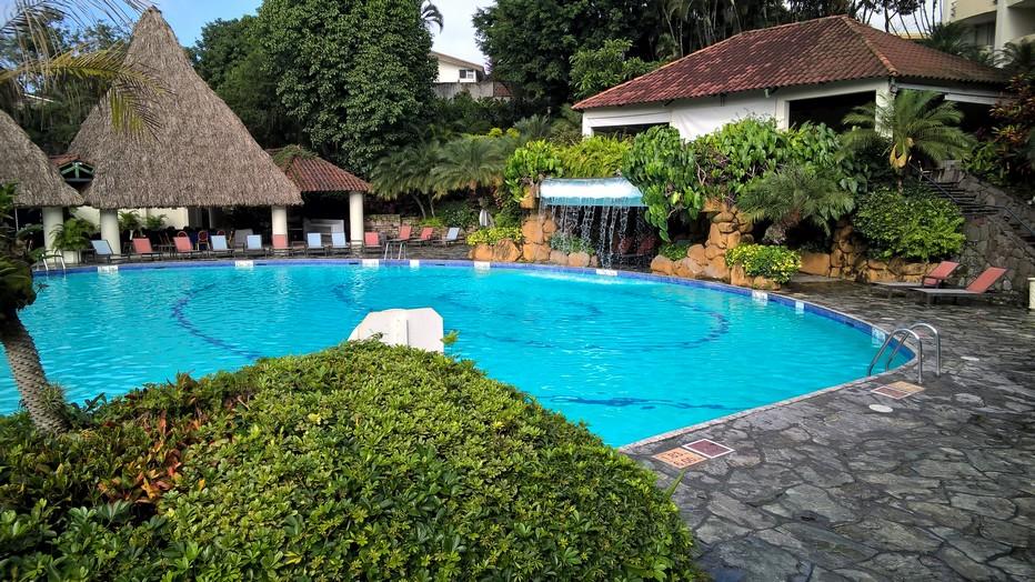 Piscine de l'hôtel Sheraton à San Salvador. Crédit photo David Raynal.