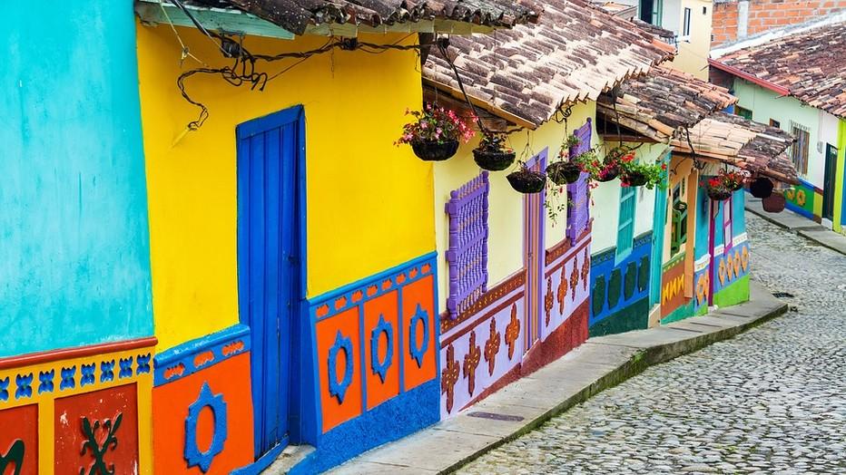 A jérico nichées sur les pentes andines, les rues du village n'en finissent pas de monter et de descendre. Copyright Lindigomag/Pixabay