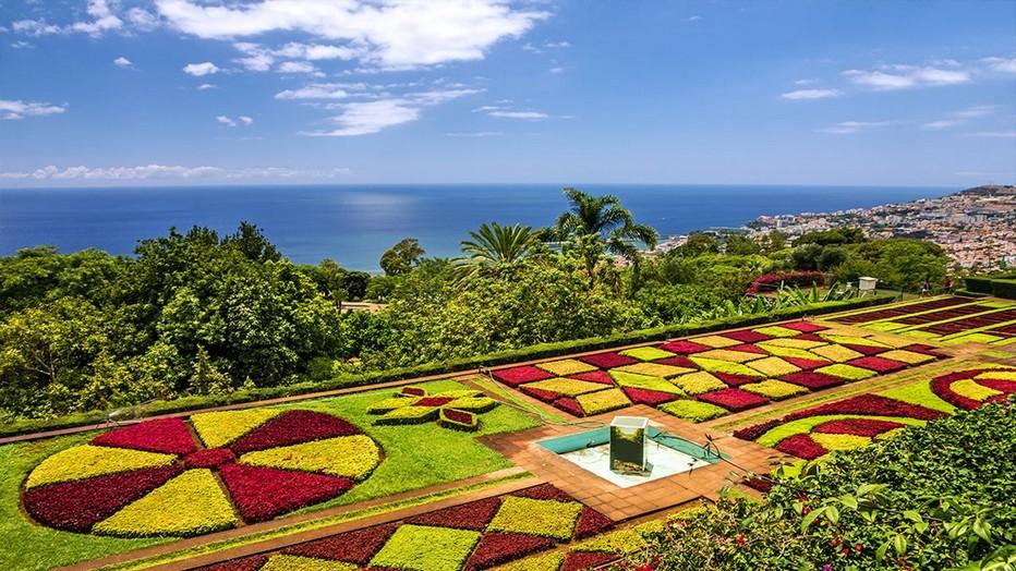 La Côte Sud de Madère et ses jardins en hauteur surplombant la mer. © Voyage Leclerc