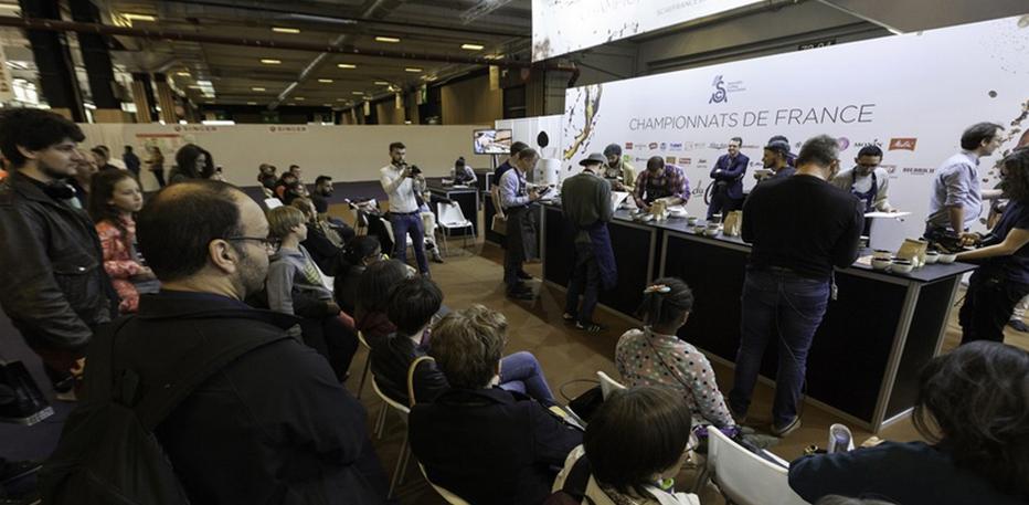 Pendant 5 jours, l'Espace Café de la Foire de Paris accueillera la deuxième série d'épreuves des Championnats de France de Café avec les compétitions Roasting, Cup Tasters et Latte Art. Copyright D.R.
