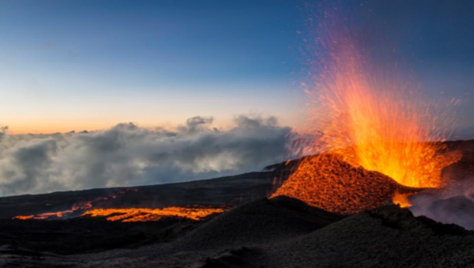 Le volcan le Piton de la Fournaise en pleine éruption depuis vendredi 27 avril 2018 - Copyright IledelaRéunion.fr