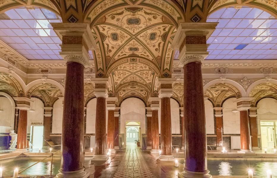 Les bains romains de l'hôtel Nové Lazné © www.czechtourism.com